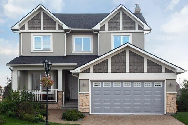house with brown garage door in phoenix az